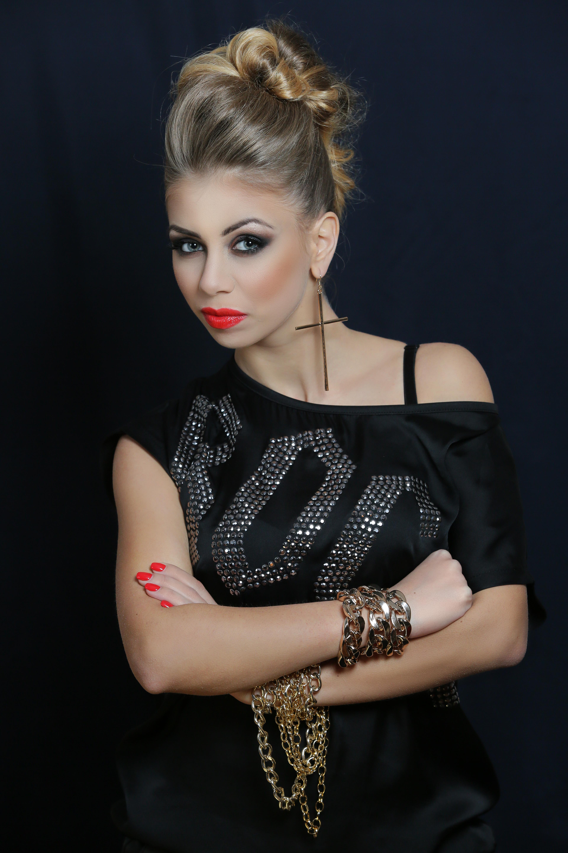 Andreea Ignat photoshooting 3-picture 9 galerie foto